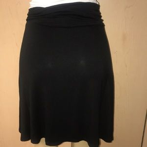Merona black flowy elastic waist skirt NWT
